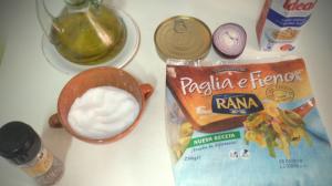Ingredientes pasta fresca con atún