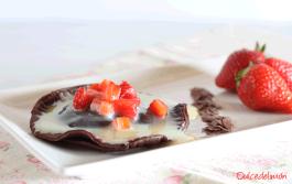 Ravioli de dos chocolates y fresas